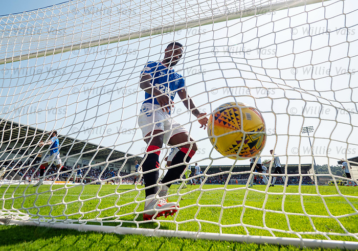 25.08.2019 St Mirren v Rangers: Jermain Defoe blasts the ball back into the net after Borna Barisic's goal