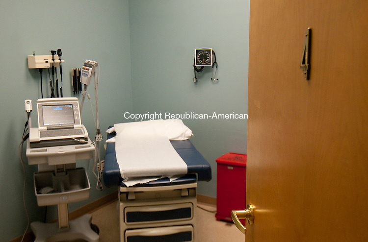 NAUGATUCK, CT--050715JS01-  One of the patient rooms at the Saint Mary's Hospital Urgent Care Center in Naugatuck. <br /> Jim Shannon Republican-American