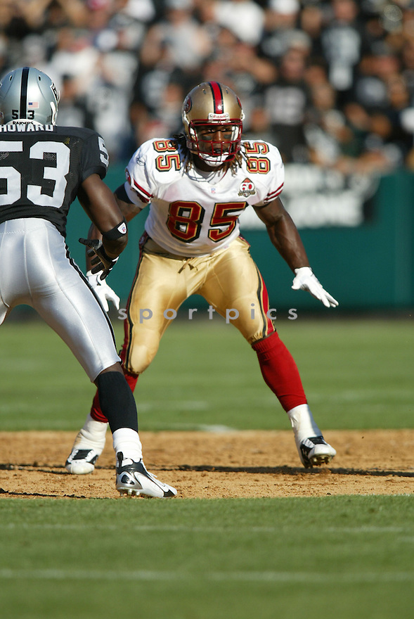 Vernon Davis, of the San Francisco 49ers, in aciton against the Oakland Raiders on August 20, 2006 in Oakland, California...Raiders win 23-7..Rob Holt / SportPics