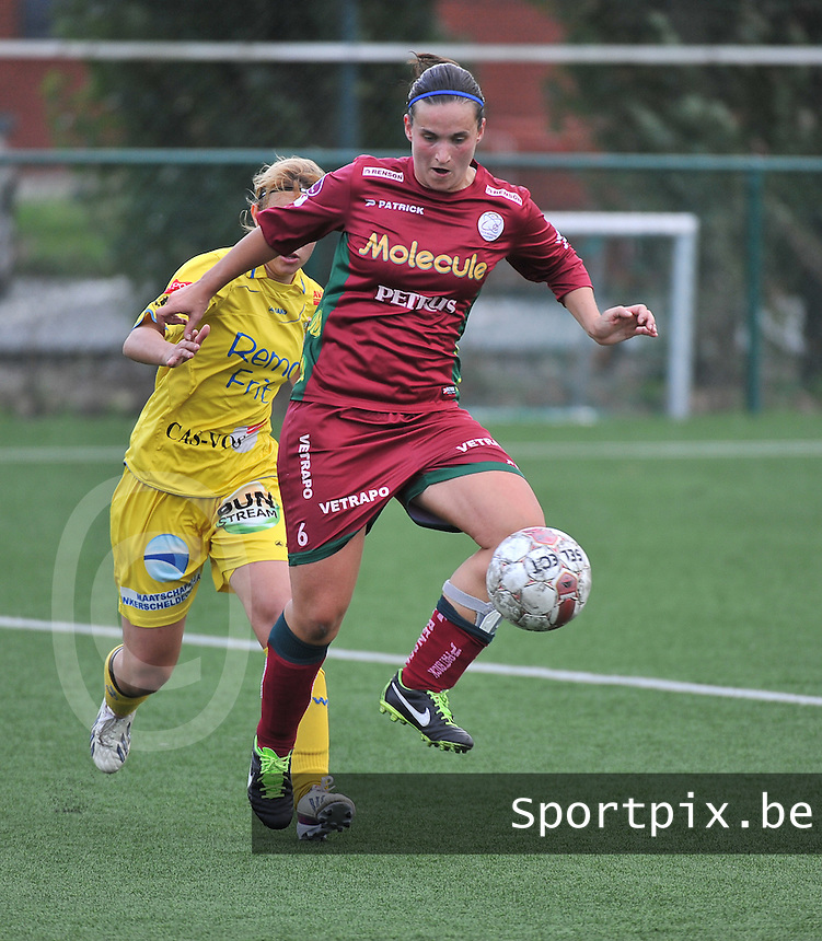 Dames Zulte Waregem - WB Sinaai Girls : Joke Verlinde <br /> foto David Catry / VDB