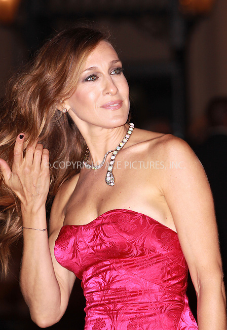 WWW.ACEPIXS.COM . . . . .  ..... . . . . US SALES ONLY . . . . .....December 8 2009, London....Actress Sarah Jessica Parker arriving at the Premiere of 'Did You Hear About The Morgans?' at the Odeon Leicester Square on December 8, 2009 in London.......Please byline: FAMOUS-ACE PICTURES... . . . .  ....Ace Pictures, Inc:  ..tel: (212) 243 8787 or (646) 769 0430..e-mail: info@acepixs.com..web: http://www.acepixs.com