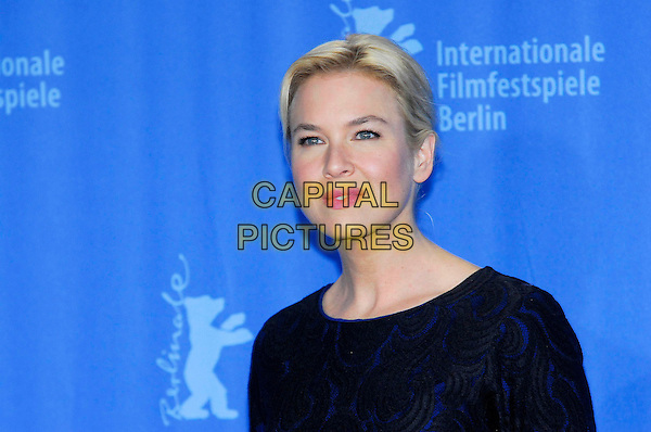 "RENEE ZELLWEGER .Photocall for ""My One and Only"" during the 59th Berlin International Film Festival, Berlin, Germany..January 12th, 2009.headshot portrait black blue pattern.CAP/PPG/NK.©Norbert Kesten/People Picture/Capital Pictures"
