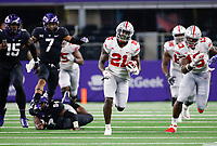 Ohio State Buckeyes wide receiver Parris Campbell (21) races through the gap toward the end zone for a 63-yard touchdown during the third quarter of a NCAA Division I college football game between the TCU Horned Frogs and the Ohio State Buckeyes on Saturday, September 15, 2018 at AT&T Stadium in Arlington, Texas. [Joshua A. Bickel/Dispatch]