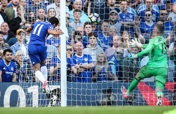 Chelsea's Pedro scoring his sides third goal during the Premier League match at Stamford Bridge Stadium, London. Picture date: May 18th, 2017. Pic credit should read: David Klein/Sportimage
