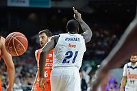 MADRID, ESPAÑA - 11 DE JUNIO DE 2017: Othello Hunter celebra una acción durante el partido entre Real Madrid y Valencia Basket, correspondiente al segundo encuentro de playoff de la final de la Liga Endesa, disputado en el WiZink Center de Madrid. (Foto: Mateo Villalba-Agencia LOF)