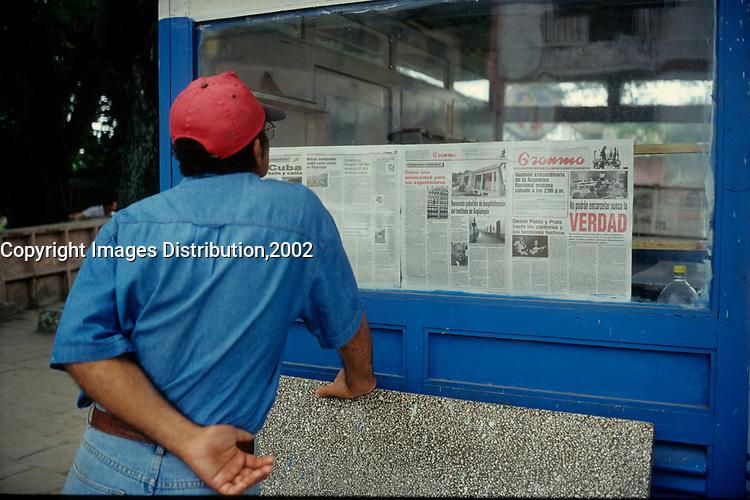 Montreal (Qc) CANADA - 2002  File Photo -