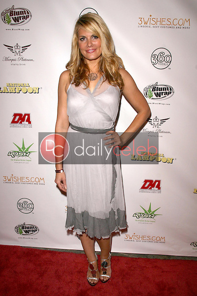 Courtney Hansen<br />