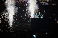 13 year old son Thibau Nys throws in a little surprise DJ-set in front of 18.000 people for his dad together with DJ Zohra<br /> <br /> 'Merci Sven' (twice!) sold out arena event: <br /> tribute-show celebrating Sven Nys' career/retirement together with 18.000 people in the Sportpaleis Arena
