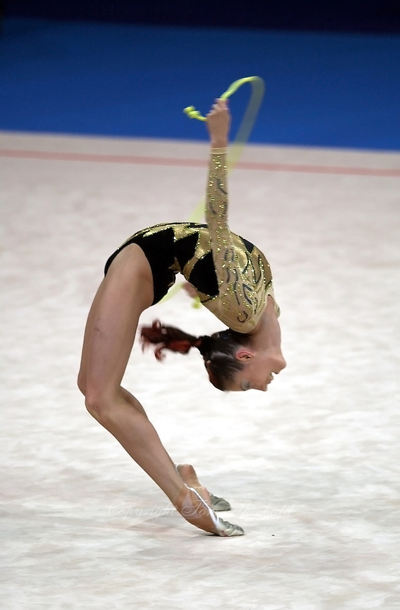 Oct 01, 2000; SYDNEY, AUSTRALIA:<br /> Elena Vitrichenko (UKR) performs with rope during rhythmic gymnastics qualifying at 2000 Summer Olympics. Elena went on to take 4th <br /> in the individual all around.