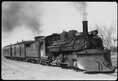 #471 with plow on pilot with RPO and coach.<br /> D&amp;RGW  Santa Fe, NM
