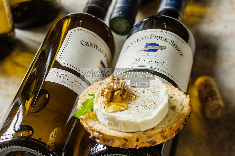 Gastronomie: Toast de fromage de Rocamadour au miel  et vin de Montravel (AOC) //  Gastronomy: Rocamadour cheese toast with honey and wine Montravel (AOC)