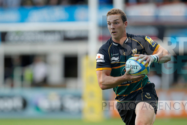 George North of Northampton Saints in full flight - Rugby Union - Aviva Premiership - Northampton Saints vs Exeter Chiefs - Franklins Gardens Northampton -  Season 2013-2014 - September 7th 2013 - Photograph Malcolm Couzens/Sportimage