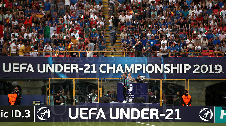 Football: Uefa European under 21Championship 2019, Italy - Spain Renato Dall'Ara stadium Bologna Italy on June16, 2019.<br /> Italian singer Rocco Hunt sings prior to the start <br /> of the Uefa European under 21 Championship 2019 football match between Italy and Spain at Renato Dall'Ara stadium in Bologna, Italy on June16, 2019.<br /> UPDATE IMAGES PRESS/Isabella Bonotto