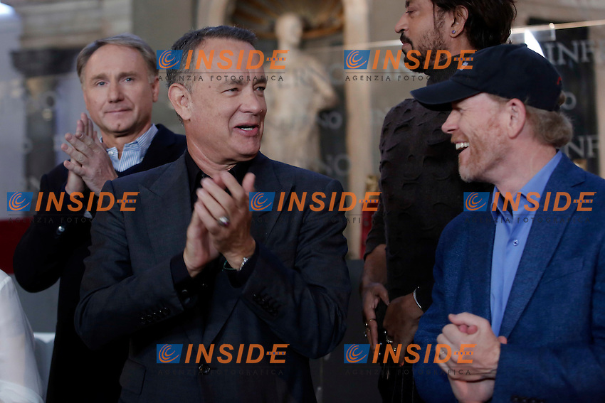 Dan Brown, Tom Hanks e Ron Howard<br /> Firenze 06-10-2016. Photocall del film 'Inferno' in anteprima mondiale.<br /> Rome 6th October 2016. 'Inferno' Photocall<br /> Foto Samantha Zucchi Insidefoto