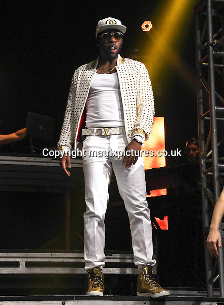 NON EXCLUSIVE PICTURE: MATRIXPICTURES.CO.UK<br /> PLEASE CREDIT ALL USES<br /> <br /> WORLD RIGHTS<br /> <br /> American singer Jason Derulo performs live at the Echo Arena, in Liverpool.<br /> <br /> JUNE 23rd 2014<br /> <br /> REF: LLO 142988