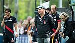 BLOEMENDAAL   - Hockey - coach Graham Reid (A'dam) . 3e en beslissende  wedstrijd halve finale Play Offs heren. Bloemendaal-Amsterdam (0-3).     Amsterdam plaats zich voor de finale.  COPYRIGHT KOEN SUYK
