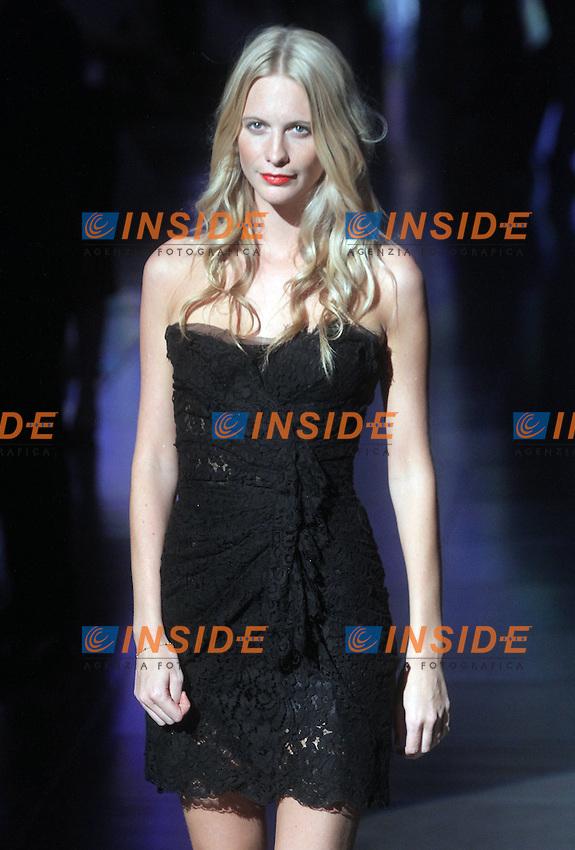 Poppy Delevigne ospite alla sfilata di Dolce&Gabbana  che hanno presentato la collezione per la donna primavera estate 2012..ALBERTO CAMICI / INSIDEFOTO
