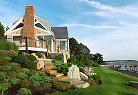 The house occupies a spectacular position set within a landscaped garden on the edge of Narragensett Bay, Rhode Island
