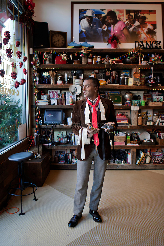 Chef Marcus Samuelsson poses for a portrait at his restaurant in Harlem, Red Rooster. .Danny Ghitis for The New York Times