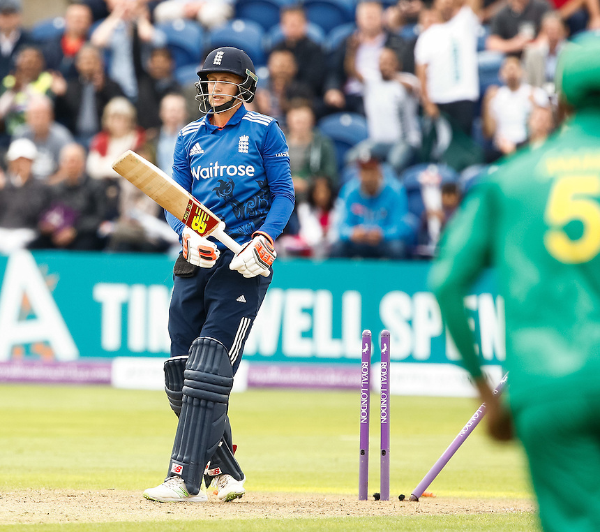 England's Joe Root is bowled by Pakistan's Hasan Ali<br /> <br /> Photographer Simon King/CameraSport<br /> <br /> 5th Royal London ODI - England v Pakistan - Sunday 4 September - Sophia Gardens - Cardiff<br /> <br /> World Copyright &copy; 2016 CameraSport. All rights reserved. 43 Linden Ave. Countesthorpe. Leicester. England. LE8 5PG - Tel: +44 (0) 116 277 4147 - admin@camerasport.com - www.camerasport.com