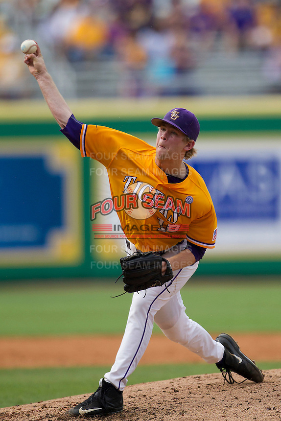 LSU Tigers pitcher Austin Bain (18) delivers a pitch to the plate during the Southeastern Conference baseball game against the Texas A&M Aggies on April 25, 2015 at Alex Box Stadium in Baton Rouge, Louisiana. Texas A&M defeated LSU 6-2. (Andrew Woolley/Four Seam Images)