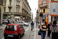 milano,  quartiere sarpi - chinatown. via bramante angolo via paolo sarpi --- milan, sarpi district - chinatown. bramante and paolo sarpi streets
