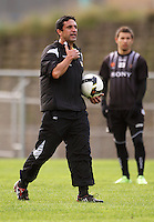 Assistant coach Luciano Trani during the Wellington Phoenix A-League football training session Training Session at Newtown Park, Wellington, New Zealand on Monday, 4 May 2009. Photo: Dave Lintott / lintottphoto.co.nz