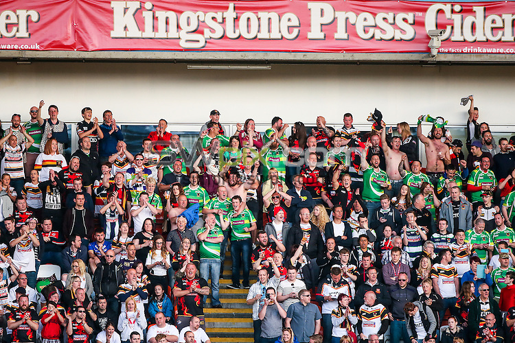 \Picture by Alex Whitehead/SWpix.com - 23/05/2015 - Rugby League - Kingstone Press Championship Summer Bash - Bradford Bulls v Halifax RLFC - Bloomfield Road, Blackpool, England - fans, supporters.
