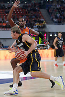 Valencia Basket Club's Thomas Kelati (b) and Herbalife Gran Canaria's Brad Newley during Spanish Basketball King's Cup semifinal match.February 07,2013. (ALTERPHOTOS/Acero) /NortePhoto