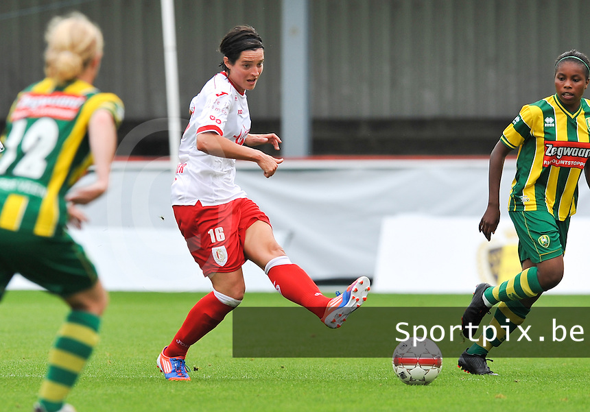 BeNe Supercup 2012 ; Standard Femina De Liege - Ado Den Haag : Cecile De Gernier.foto DAVID CATRY / Vrouwenteam.be