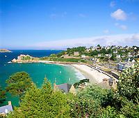 France, Brittany, Département Côtes-d'Armor, Perros-Guirec: resort at Côte de Granit Rose | Frankreich, Bretagne, Département Côtes-d'Armor, Perros-Guirec: Badeort an der sogenannten Côte de Granit Rose
