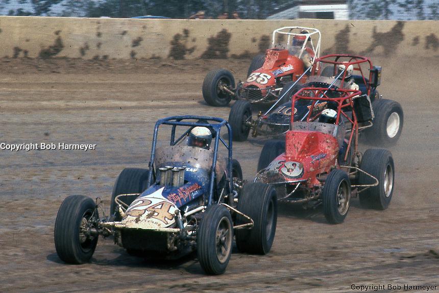 USAC sprint cars at Eldora Speedway during 1976 season.