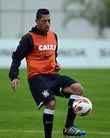 SÃO PAULO,SP, 01 julho 2013 -  Ralf  durante treino do Corinthians no CT Joaquim Grava na zona leste de Sao Paulo, onde o time se prepara  para para enfrenta o Sao Paulo pelas finais da Recopa . FOTO ALAN MORICI - BRAZIL FOTO PRESS