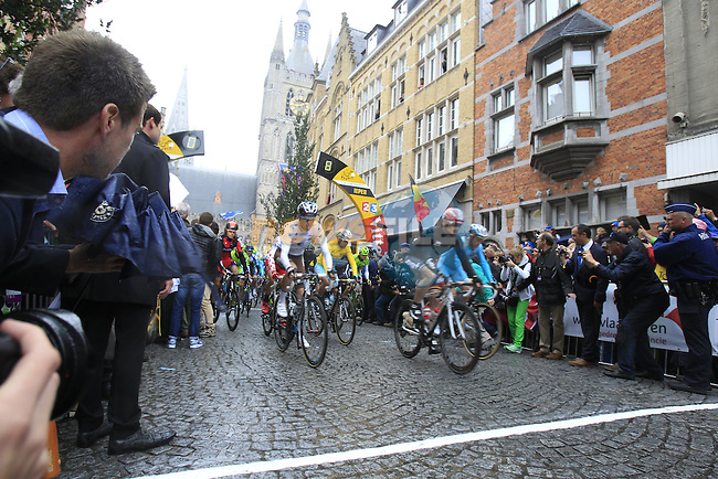 The start in Ypres of the cobbled stage Stage 5 of the 2014 Tour de France running 155.5km from Ypres to Arenberg. 9th July 2014.<br /> Picture: Eoin Clarke www.newsfile.ie