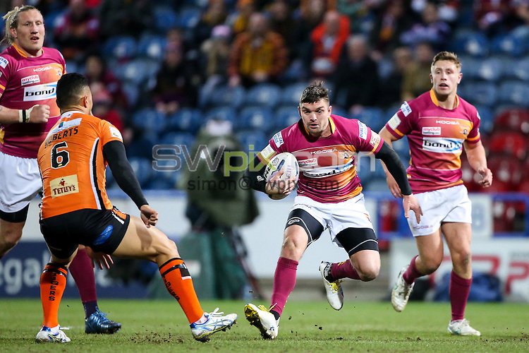 Picture by Alex Whitehead/SWpix.com - 12/03/2015 - Rugby League - First Utility Super League - Huddersfield Giants v Castleford Tigers - John Smith's Stadium, Huddersfield, England - Huddersfield's Danny Brough in action.