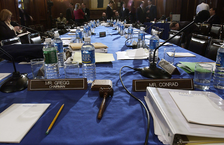 03/10/05.SENATE BUDGET MARKUP--Places wait for the return of Chairman Judd Gregg, R-N.H., and ranking Democrat Kent Conrad, D-N.D., during a break in the Senate Budget markup of the Fiscal 2006 Budget Resolution..CONGRESSIONAL QUARTERLY PHOTO BY SCOTT J. FERRELL