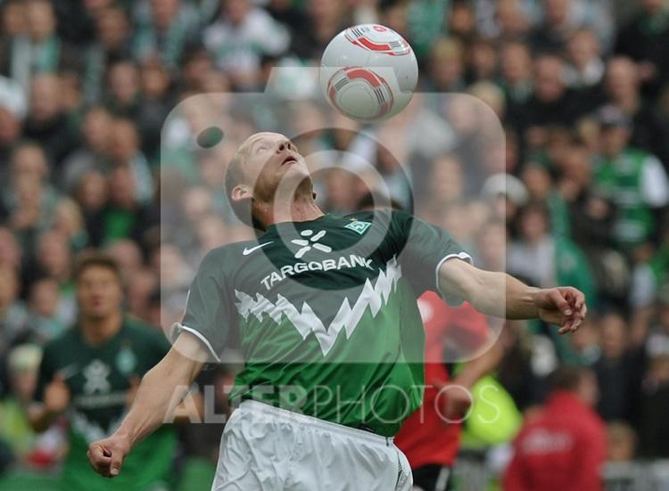 18.09.2010, Weserstadion, Bremen, GER, 1. FBL, Werder Bremen vs 1. FSV Mainz 05, im Bild Petri Pasanen (Bremen #3)   Foto © nph / Frisch