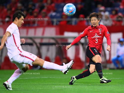 Tomoya Ugajin (Reds), <br /> APRIL 11, 2017 - Football / Soccer : 2017 AFC Champions League Group F match between <br /> Urawa Reds 1-0 Shanghai SIPG<br /> at Saitama Stadium 2002, Saitama, Japan. (Photo by Sho Tamura/AFLO SPORT)