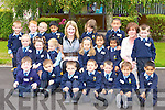 Neasa Ni? Liona?ird ad Elizabeth O'Doherty with their junior infants class at St Oliver's NS, Killarney on Thursday..