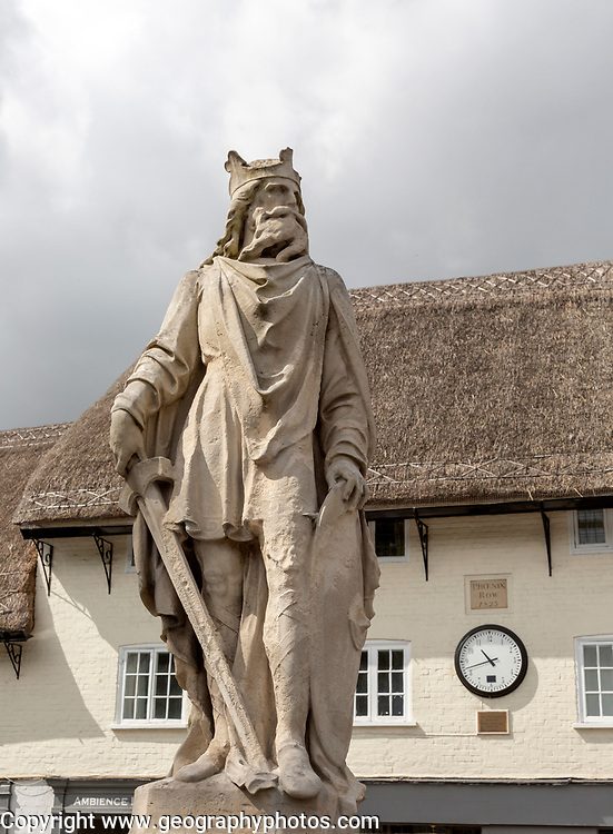 Statue of King Alfred the Great, Pewsey, Wiltshire, England, UK