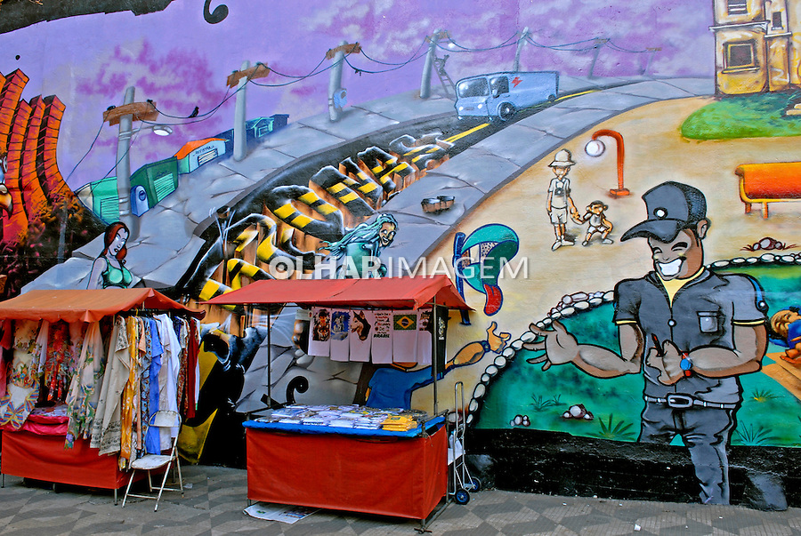 Pintura Grafitti nos muros da cidade. São Paulo. 2007. Foto de Juca Martins.