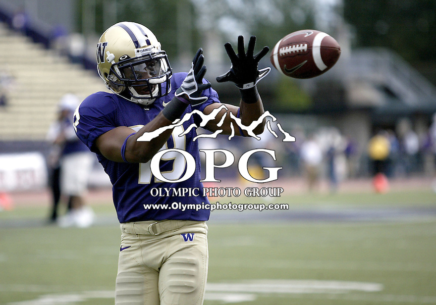 Sept 06, 2008:  Washington cornerback #19 Matt Mosley practices catching passes before the game against BYU. BYU won 28-27 over the Washington Huskies at Husky Stadium in Seattle, Washington..