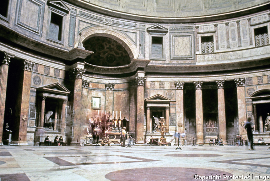 Interior view of the Pantheon, Rome Italy, 118-125 CE.