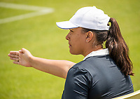 Rosmalen, Netherlands, 11 June, 2019, Tennis, Libema Open, Lineswoman<br /> Photo: Henk Koster/tennisimages.com