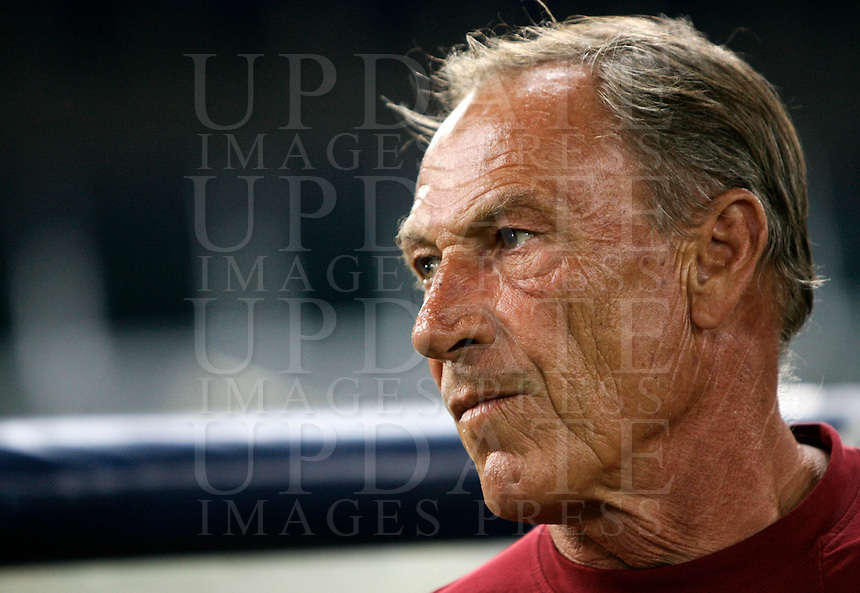 Calcio: partita amichevole Roma-Aris Salonicco. Roma, stadio Olimpico, 19 agosto 2012..AS Roma coach Zdenek Zeman, of Czech Republic, looks on prior to the start of the football friendly match between AS Roma and Aris Thessaloniki, at Rome, Olympic stadium, 19 August 2012..UPDATE IMAGES PRESS/Riccardo De Luca
