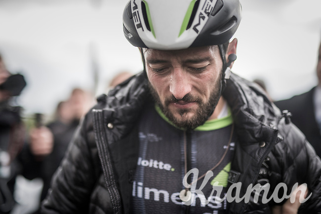 Nathan Haas (AUS/Dimension Data) put in a great race finishing 4th, but fell straight to the ground after finishing with undercooling symptoms<br /> <br /> 52nd Amstel Gold Race (1.UWT)<br /> 1 Day Race: Maastricht &rsaquo; Berg en Terblijt (264km)