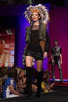 S&Atilde;O PAULO-SP-03.03.2015 - INVERNO 2015/MEGA FASHION WEEK - Grife Kaele<br /> O Shopping Mega Polo Moda inicia a 18&deg; edi&ccedil;&atilde;o do Mega Fashion Week, (02,03 e 04 de Mar&ccedil;o) com as principais tend&ecirc;ncias do outono/inverno 2015.Com 1400 looks das 300 marcas presentes no shopping de atacado.Br&aacute;z-Regi&atilde;o central da cidade de S&atilde;o Paulo na manh&atilde; dessa segunda-feira,02.(Foto:Kevin David/Brazil Photo Press)