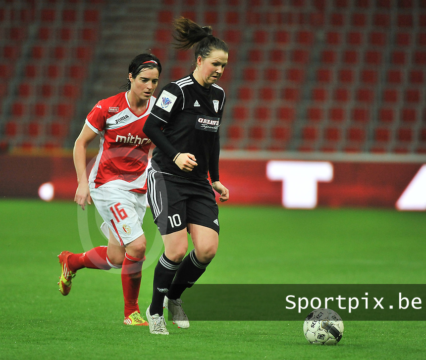 20131009 - LIEGE , BELGIUM : Glasgow Suzanne Lappin (10)  pictured with Standard's Cecile De Gernier (16) during the female soccer match between STANDARD Femina de Liege and  GLASGOW City LFC , in the 1/16 final ( round of 32 ) first leg in the UEFA Women's Champions League 2013 in stade maurice dufrasne - Sclessin in Liege. Wednesday 9 October 2013. PHOTO DAVID CATRY