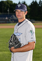 2007:  Ryan Harrison of the Vermont Lake Monsters, Class-A affiliate of the Washington Nationals, during the New York-Penn League baseball season.  Photo by Mike Janes/Four Seam Images