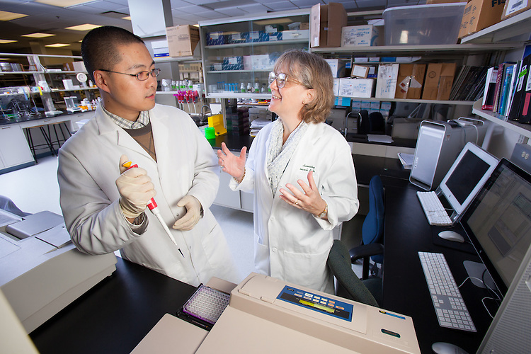 Professor Jennifer V. Hines, Biochemistry Research Facility Ohio University. © Ohio University / Photo by Jonathan Adams